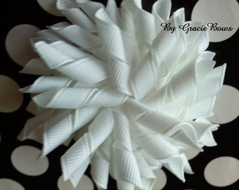 Korker Hair Bow in White