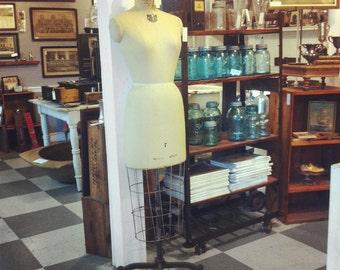 Vintage 1967 Bauman Dress Form