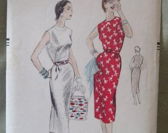Vintage 50s Vogue Conde Nast slim dress Pattern 8331 Size 14