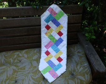Modern squares table runner