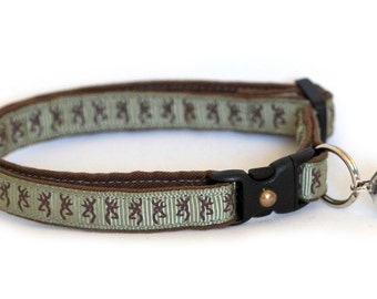 Cat Collar - Deer Head on Green -Small Cat / Kitten size or Standard/Large Cat Collar