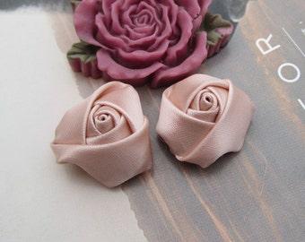 12 roses, satin roses, Vanilla satin rose flowers, satin flowers 20x12mm
