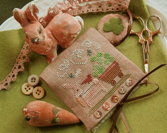 Shamrock Bunny Needle Case and Scissor Fob Project Pack (lst in a Seasonal Series of Six Needle Cases)