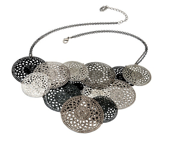 Silver black oxidize Rossete interlace bib Necklace