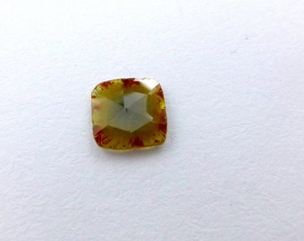 DiAMOND SLiCES. SQuARE. Faceted. Natural. ANTiQue TorToise ShEll Look. Red / Orange Inclusions Yellow Body. 1 pc.  0.79 cts. 7 mm  (Dia272D