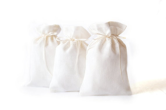 Ivory Linen Gift Bags set of 5 - Wedding Favors gift bags - Wedding favor bags