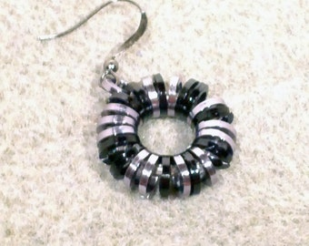 Square Infinity Black and Gunmetal Chainmaille Earrings