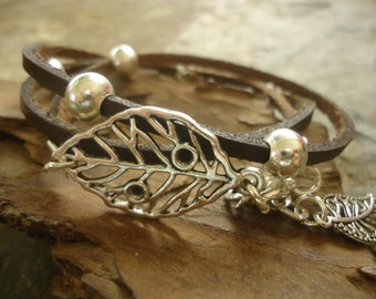 LEAVES in BROWN LEATHER  leather wrap bracelet & beads (440)
