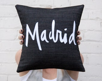 Madrid Pillow, Black and White