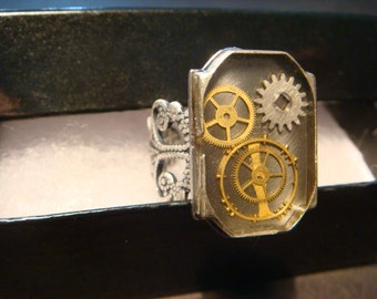 Steampunk Ring with Upcycled Watch Back with Gears in Antique Silver (947)