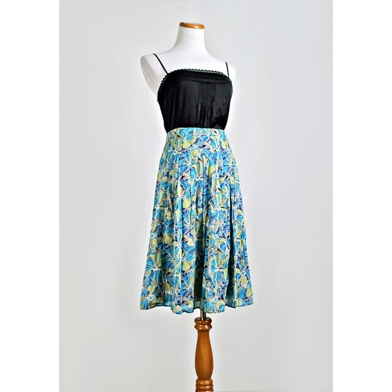Pleated Floral Skirt / 1960s Style Skirt