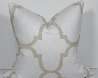 KRAVET Quatrefoil Moroccan Tile pillow - Windsor Smith Designer Decorative pillow cover - Riad in Ivory