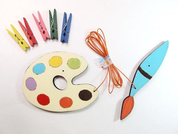 Children's Artwork display hanger- Young artist Pallet and paint brush-  kids wall art - rainbow colors, displaying kids art