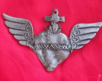 Tin/Silver Sacred Heart with Wings Milagro Ex Voto