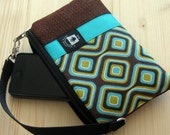 iPhone 5 Wristlet, Samsung Phone Fabric Case, Phone Bag, Zippered Gadget Pouch, Turquoise and Brown Geometric Print