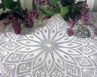 Pattern of round circle filet crochet lace cotton white floral table cloth runner peaks vintage retro 62cm