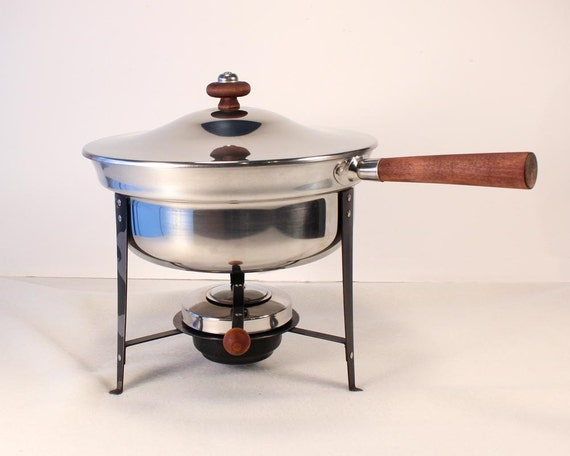 Vintage Chafing Dish, Mid-Century Silver Plated, Wood Handle and Knob