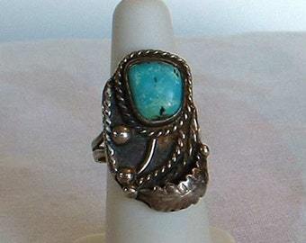 Native American Turquoise Sterling Silver Ring Size 7.5 Stylistic Flower Vintage Jewelry