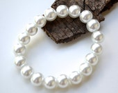 White Pearls . Bracelet . Eve Collection