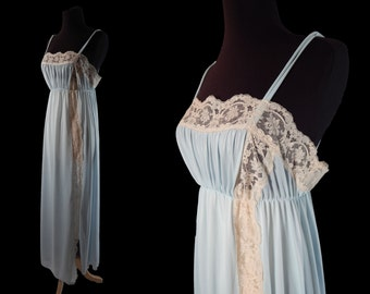 1970s Vintage Olga Blue Nightgown size 36