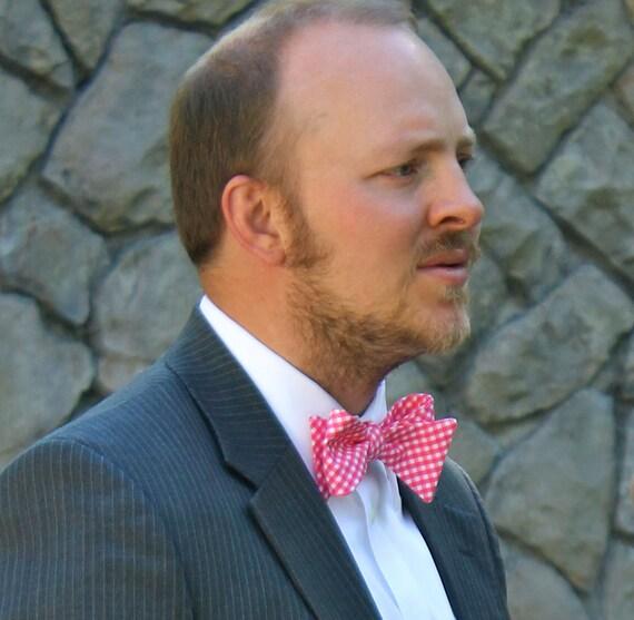 Men's Bow Tie in Dark Pink Gingham - Self tying - freestyle - Groomsmen gift, clip on or pre-tied adjustable strap