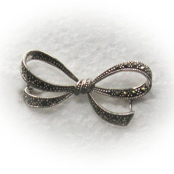 Sterling Silver Bow tie Brooch embellished with cut Marcasite crystal