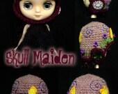 Middie Helmet - No. 19 - Violet Blooms