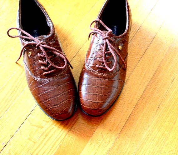 1980s brown leather easy spirit tennis shoes size 7