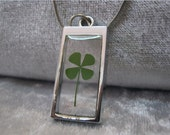Four Leaf Clover necklace Handmade Saint Patrick Irish shamrock 4 Four Leaf Lucky Clover in resin Elipse necklace Worldwide Free Shipping