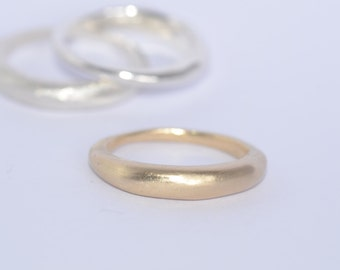 Stacking 18 ct gold curved wedding band - commitment ring - alternative gold wedding ring - non traditional wedding ring - Free Shipping