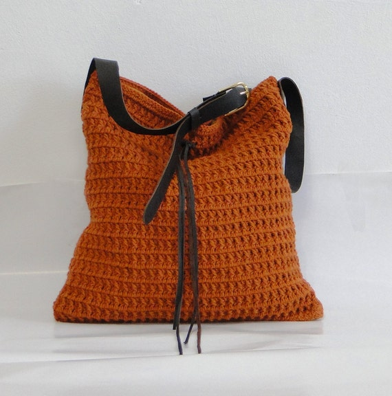 Crochet wool hobo bag beach summer boho style by BagsbyMellysse