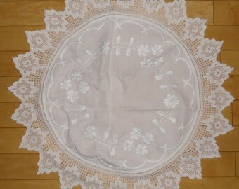 Vintage Small Tablecloth or Centerpiece White Embroidery and Crocheted Edging