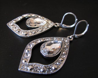 Silver toned Rhinestone Earring Drops Bride Wedding Glamour Look Bridal wedding Jewelry Pageant Jewelry