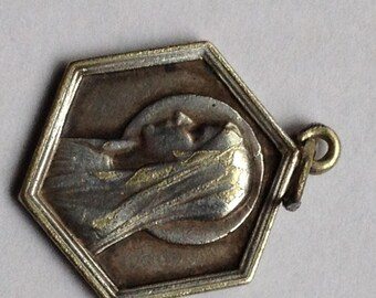 """Vintage Holy Mary Notre Dame of Lourdes Medal on 18"""" sterling silver rolo chain"""