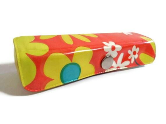 Mod Flower Power Sewing Mending Kit
