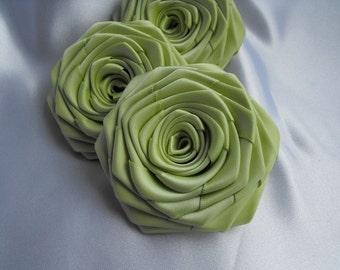 3 handmade roses ribbon flowers in pistachio green (light green)