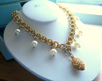 Helm Chainmaille Necklace with faux pearl accents