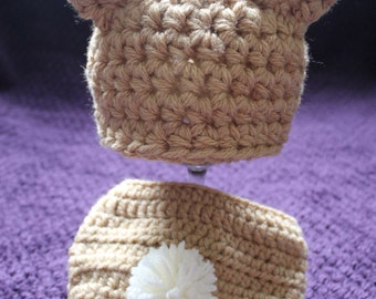 Baby bunny crochet hat and matching nappy/diaper cover, pom pom tail. Newborn. Great photography prop, baby gift