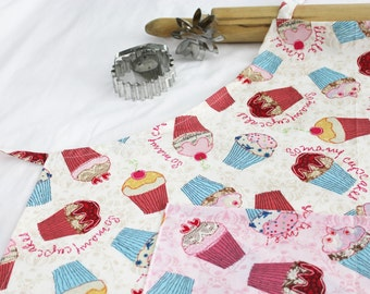 So Many Cupcakes Adult Apron - cream with pink pocket