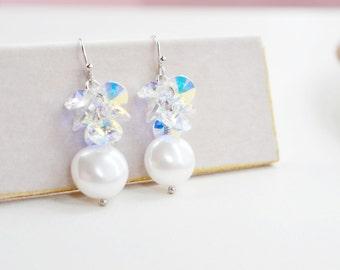 Bridal earrings,Wedding Earrings,Swarovski Crystal Shell Pearl Earrings,Modern Elegant Bridal Earrings,Pearl Bridal Earrings,Crystal Weddin