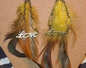 Lovey - Long Feather earrings with love charms