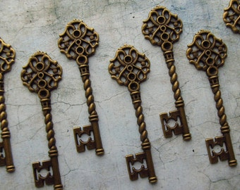 Fairlie Antique Bronze/Brass Skeleton Key  - Set of 10