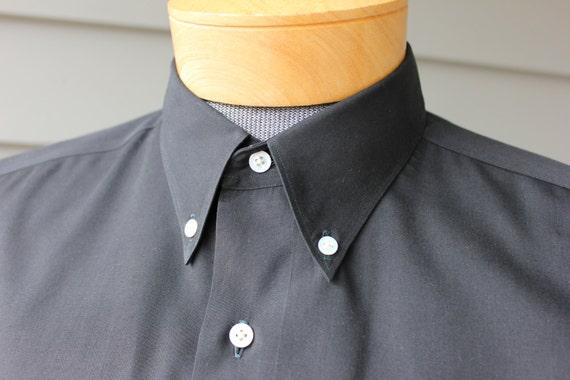 vintage 1950's Men's 'Hand made / Custom Tailored' short sleeve 3 button collar shirt.  Black poplin - Side seam gussets. Large. Yokohama
