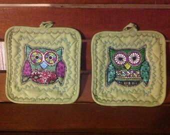 Retro Owl Potholders - Green Purple Kitchen Decor -  Cabin