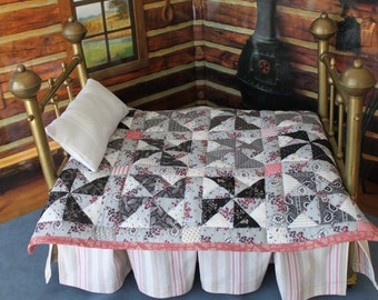 Pinwheels Doll Quilt with Vintage Fabrics, Q3