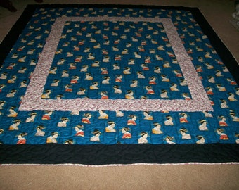 Queen Size Blue Geisha Quilt with Shams