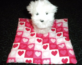 Hearts pooch pad mattress for 18 in American Girl dog house