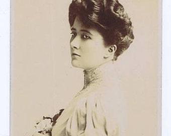 Antique Vintage Miss Ethel Matthews Edwardian English Theatre Theater Stage Actress Actor Portrait Photographic Postcard