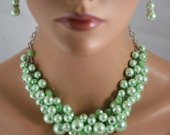 chunky pearl necklace for bridesmaids in mint green for spring wedding.-bridesmaids jewelry- wedding jewelry