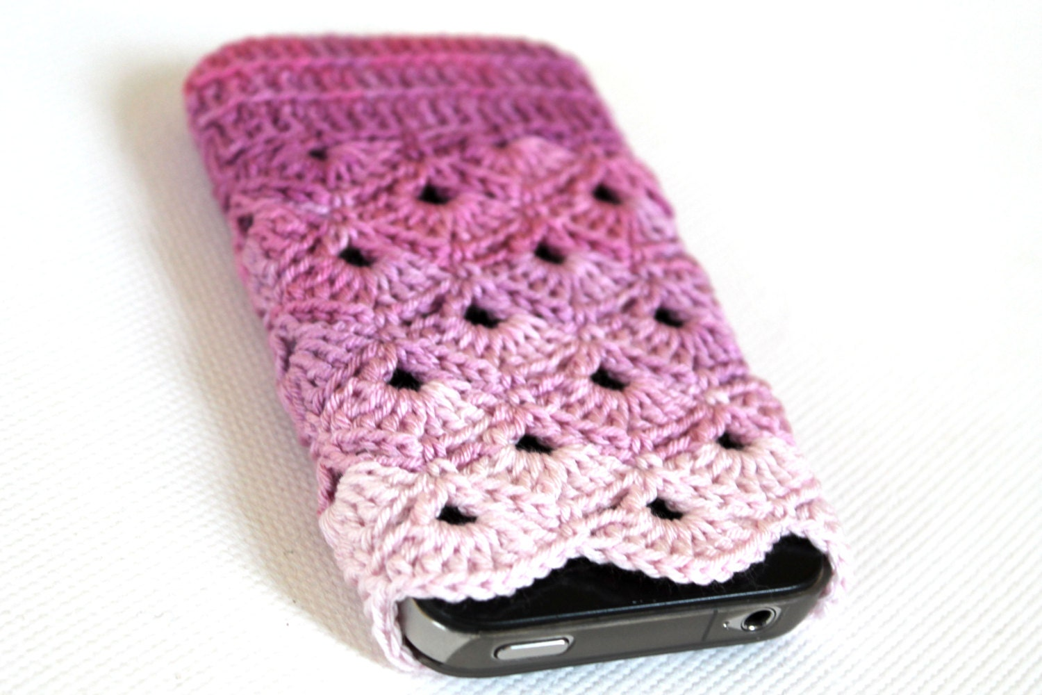 Free Crochet Pattern Mobile Phone Case : FREE SHIPPING.....iPhone 5 / 4 / 4S / Case . Phone by ...